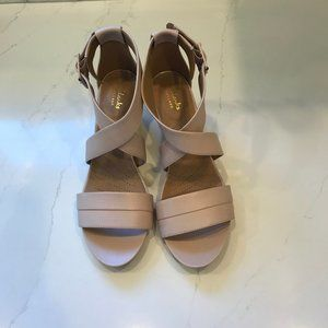 Clarks Artisan Leather Sandals Size 9